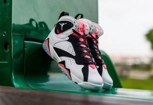 Кроссовки женские Nike Air Jordan 7 GS Hot Lava / AJW-320 (Реплика)