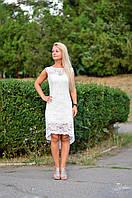 Платье белое со шлейфом  из гипюра