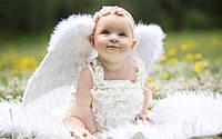 Как правильно выбрать наряд на крещение ребенка