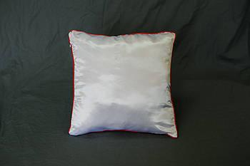 Подушка квадрат кант червоний