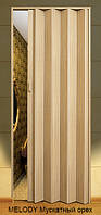 Дверь-гармошка пластиковая MELODY (мускатный орех) 2030х820 мм