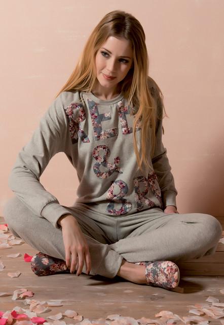 Женские пижамы и комплекты со штанами