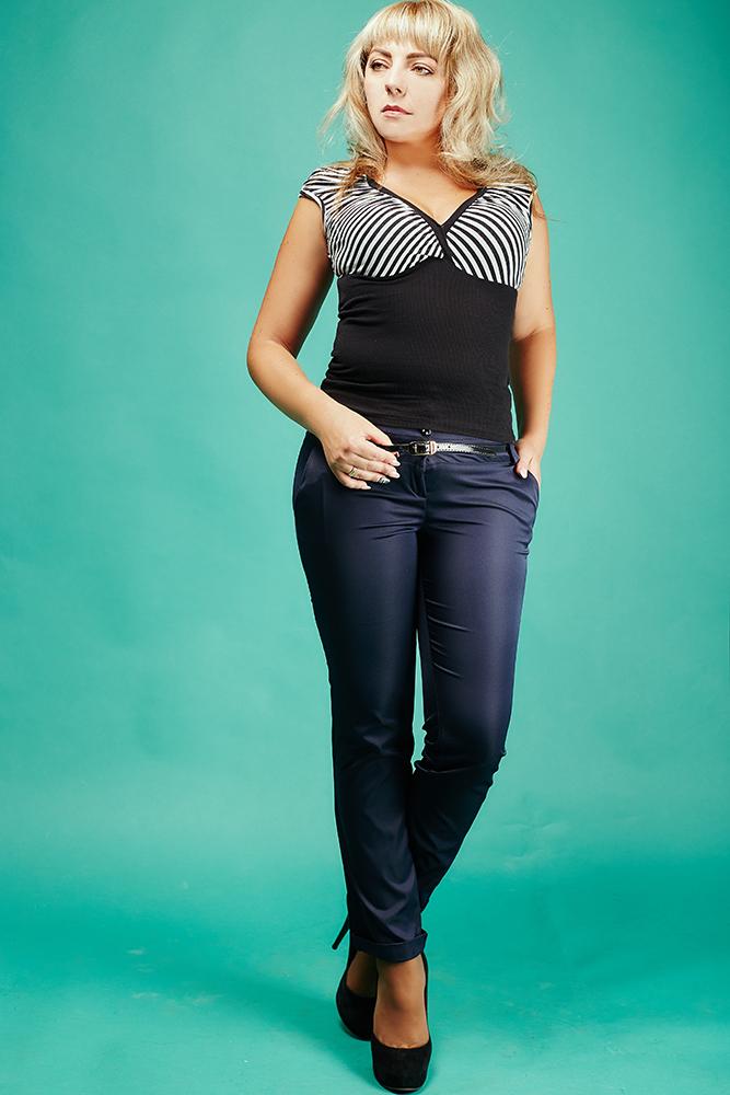 Классические женские брюки с манжетами