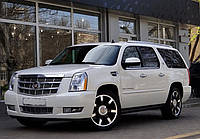 Белый Cadillac Escalade ESV Platinum, фото 1