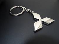 Брелок на ключи с логотипом Mitsubishi (Митсубиши)