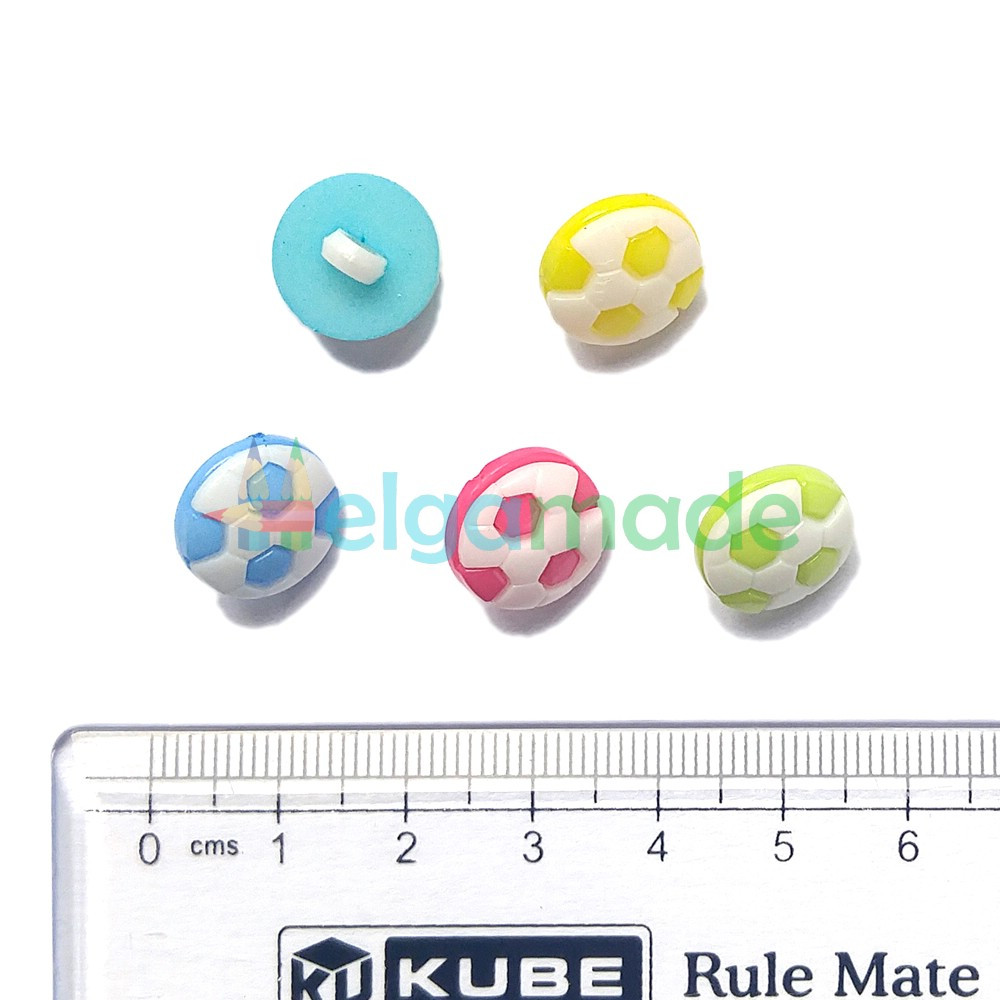 Пуговицы пластиковые МЯЧИКИ, 13 мм, 5 шт, микс