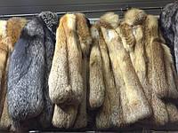 На эти фото можно смотреть вечно! Модницы и ценительницы меха нас поймут. Шубки длинные, короткие, с капюшоном и без. Из меха нутрии, лисы, чернобурки, норки, фретки, сурка. Меховые жилетки на любой вкус и цвет! Милейшие меховые шапочки и шарфики!