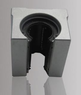 Підшипник в корпусі SBR12UU (линейный подшипник)