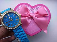 Часы наручные Geneva голубые с камнями