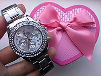 Часы наручные унисекс серебристые с камнями