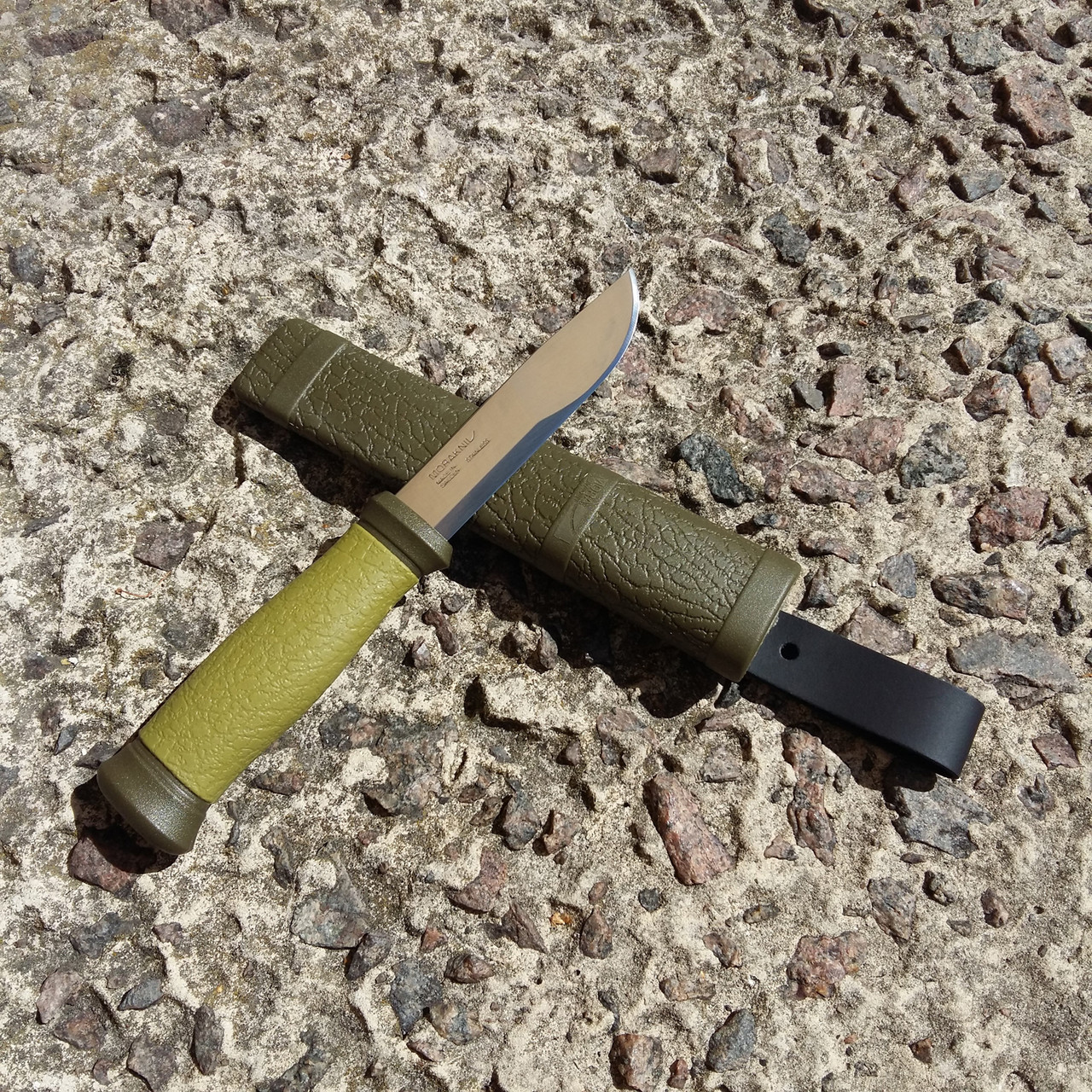 Нож Mora Outdoor Stainless 2000
