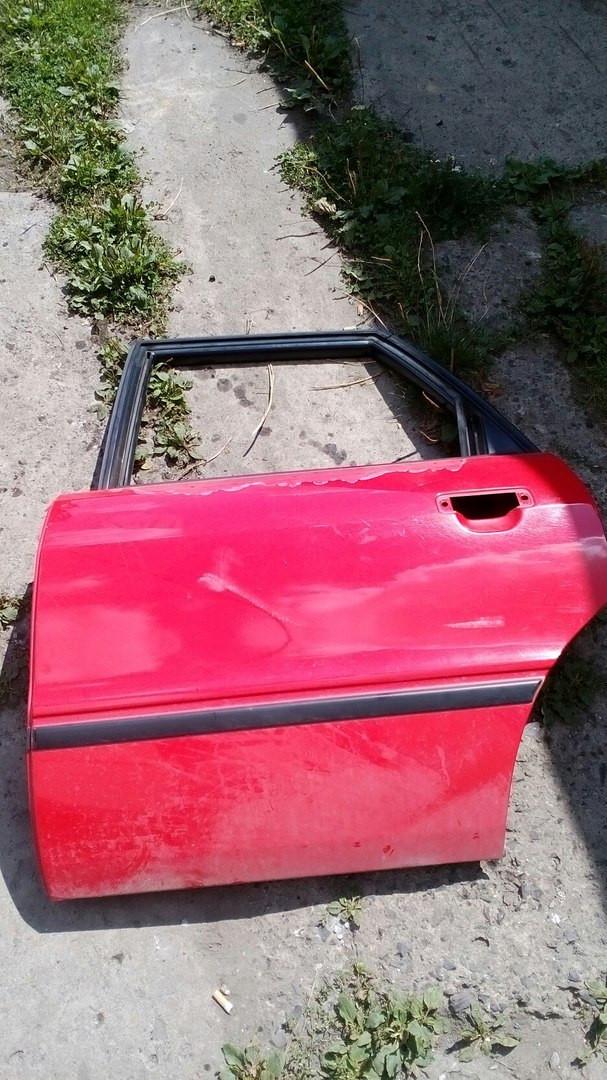 Б/у дверь задняя ліва Audi B 4