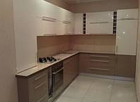 Кухонный гарнитур с акриловым фасадом
