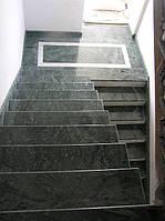 Лестницы из камня с площадкой для коттеджей и домов