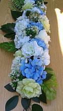 Украшение из искусственных цветов гортензия и роза