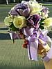 Свадебный букет из  сиренево-белой эустомы и розы