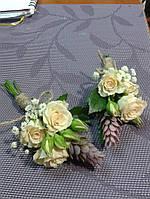Бутоньерка для жениха из роз