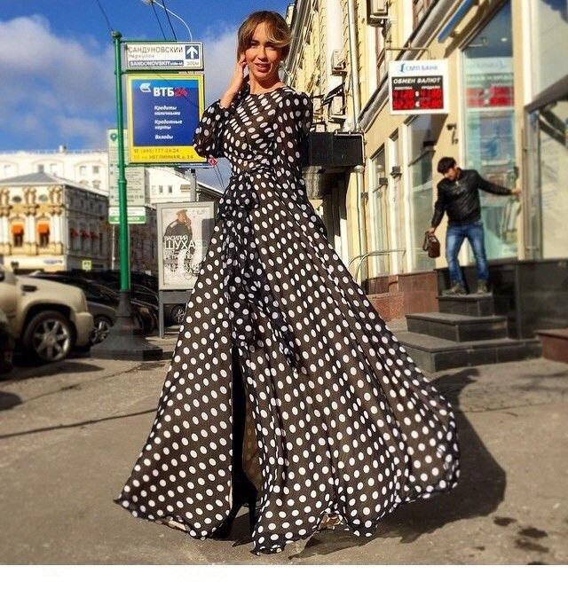 платья в горошек длинное фото