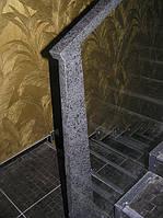 Стеклянные перила лестницы с натуральным камнем (гранит)