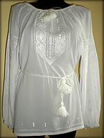 """Вишиванка жіноча """"Дві дороги"""" на білому шифоні, блузка вишита білими нитками, машинна вишивка"""