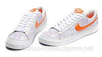 Женские кроссовки Nike Blazer Low белые