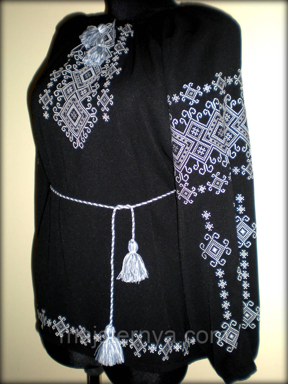 """Вишиванка жіноча  """"Талісман"""" на чорному шифоні, блуза вишита білими та сірими нитками, машинна вишивка"""