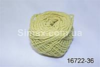 Акриловая пряжа бледно-желтый