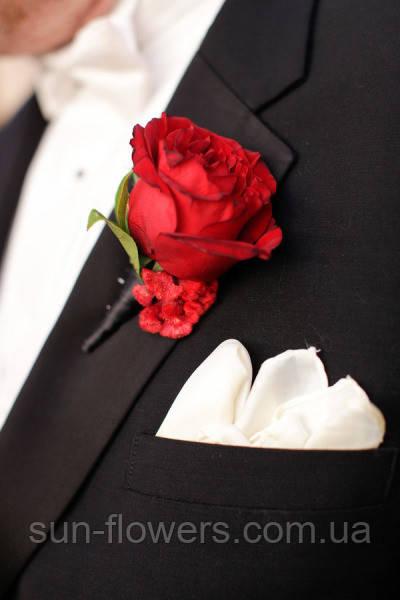 Бутоньєрка для нареченого і боярина з живих квітів
