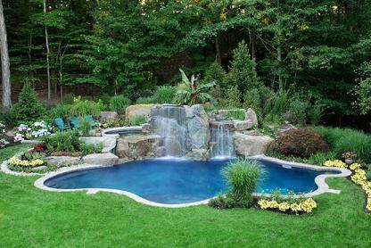 Бассейн с Водопадом Приватный Курорт на вашей даче