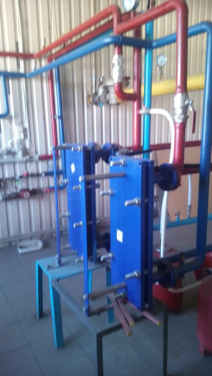Пластинчаті теплообмінники - забезпечують потреби гор. водопостачання.