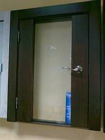 Стеклянные двери в деревянной коробке Киев