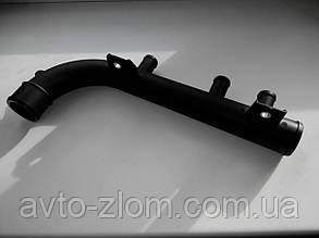 Патрубок системы охлаждения (саксофон) Opel Vectra A, Опель Вектра А 1,8 - 2,0. 1336062