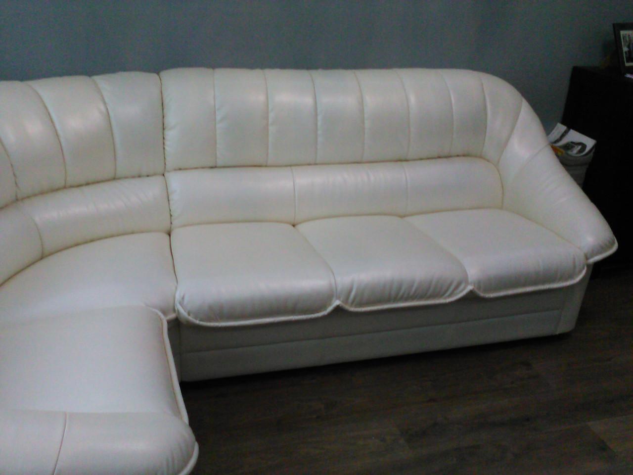 Перетяжка углового дивана Днепр. Перетяжка мягкой мебели.