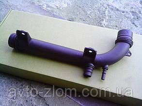 Патрубок системы охлаждения (саксофон) Opel Vectra B.