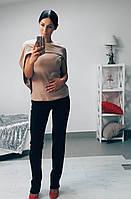 Женский костюм с классическими брюками и оригинальной кофтой с накидкой креп дайвинг