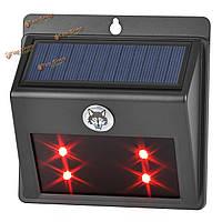 Питанием от солнечных батарей LED животное отпугиватель красный свет настенный светильник для сада выгона