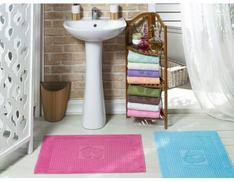 Текстиль и аксессуары для ванной и туалетной комнаты