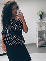 Красивый женский костюм с юбкой миди и приталенным жакетом в горошек под пояс стрейч коттон батал