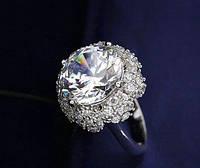 Женское кольцо с цирконием 17 р.
