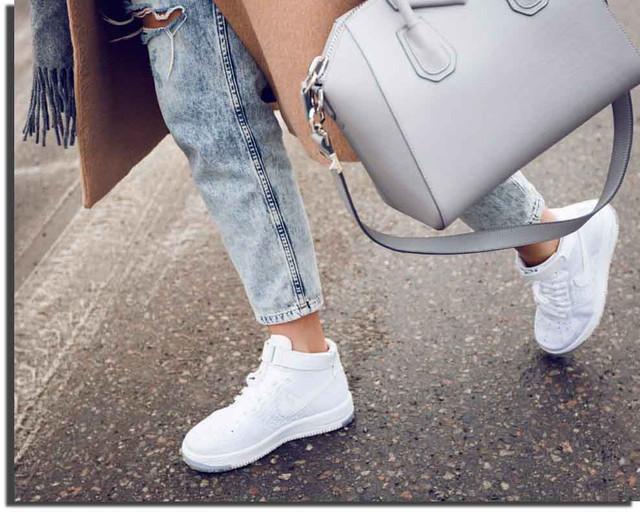 Женские кроссовки оптом от Одесского магазина Бутс