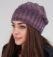 Красивая женская шапочка крупной вязки
