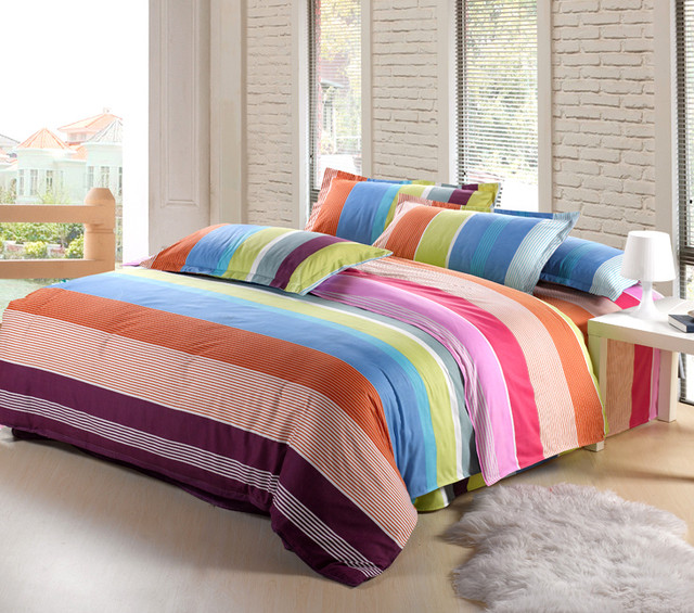 Комплекты постельного белья двуспальные
