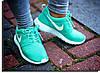 Выбираем лучшие женские кроссовки на осень