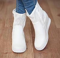 Ботинки, сникерсы белого цвета ,размер 36-41