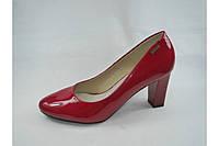 Туфли женские на каблуке  размеры 36,37,40
