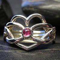 """Серебряное кольцо с розовым Турмалином """"бесконечность сердца"""" от Wickerring"""
