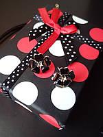 Женские серьги с чёрными цветами