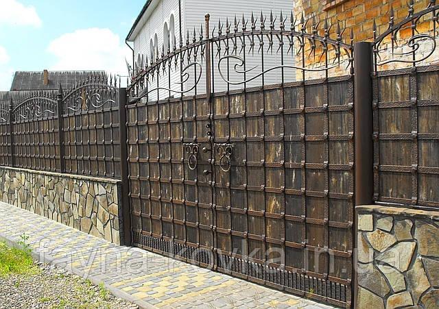 Кованые ворота (металл + дерево или только металл) 250