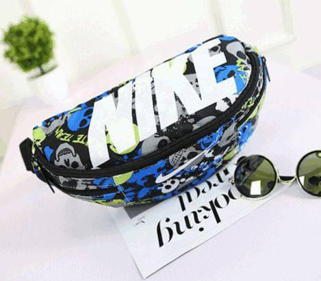 Молодежная спортивная сумка на пояс Nike Team Training 143, цветная мульт