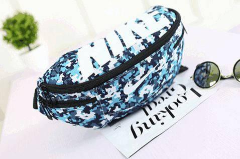 Стильная спортивная сумка на пояс Nike Team Training 144, цветная